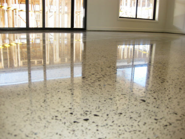 How to Keep Polished Concrete Floors Gleaming