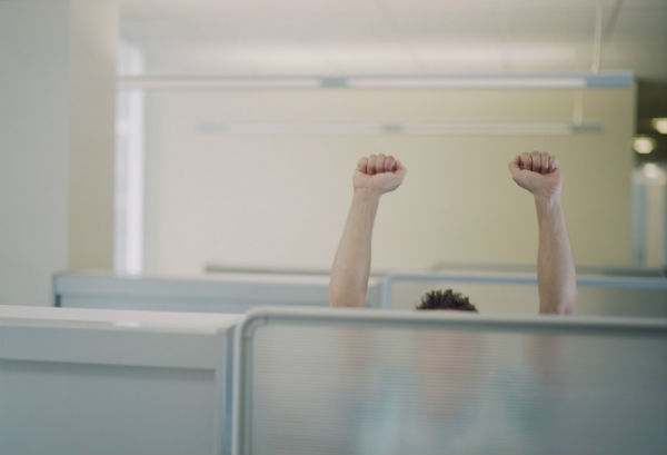 Staying Fit at the Office: 5 Exercises You Can Do at Your Desk