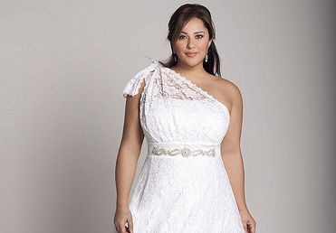 Full-Figured Brides – You Can Pick out the Wedding Gown to Charm the Crowd!