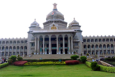 A Never Exhausting List of Top Places to See in Bangalore!