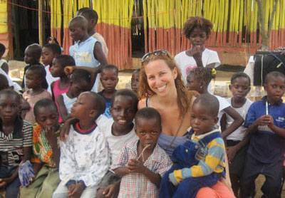 Gain Valuable Work Experience and Skills By Volunteering Abroad