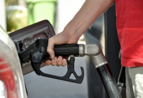 How Fuel Cards Can Help You Save Money